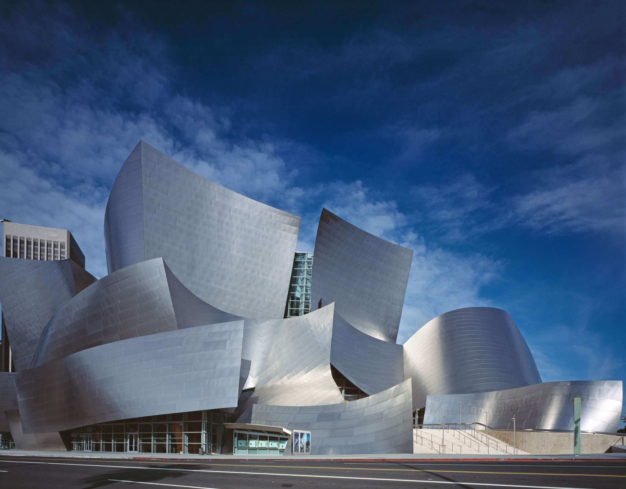 Disney_Concert_Hall_by_Carol_Highsmith