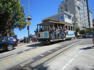 Un Cable-car, tout près de Lombard Street