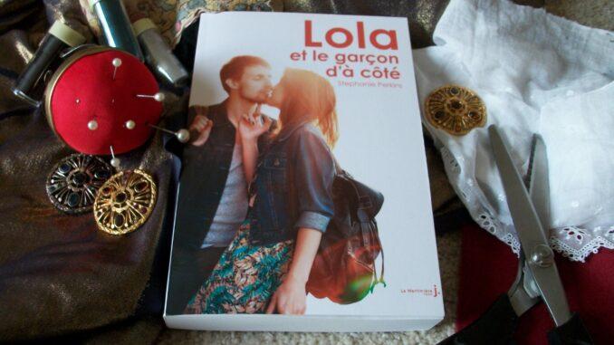 Lola-et-le-garçon-d-à-côté-stéphanie-perkins-café-powell
