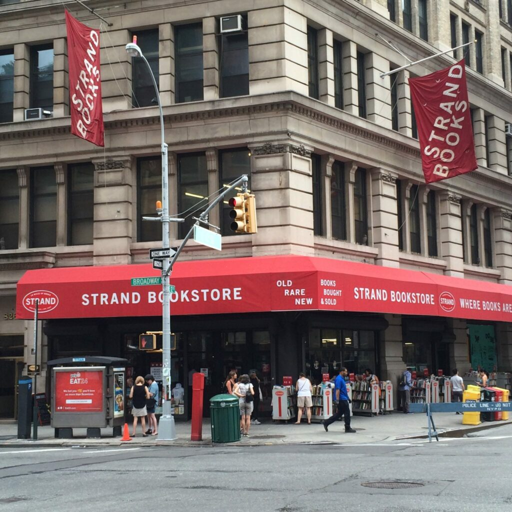 Strand Book Store, New York, Librairie